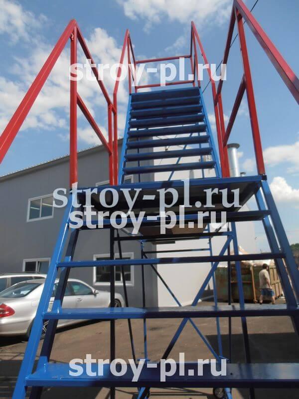 лестницы с двумя площадками купить