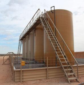трапы-лестницы с площадками для резервуаров